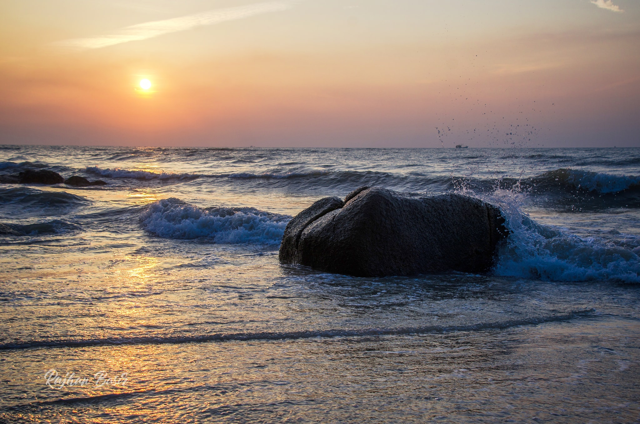 Kuantan: Guide to a relaxed trip with beaches & spa